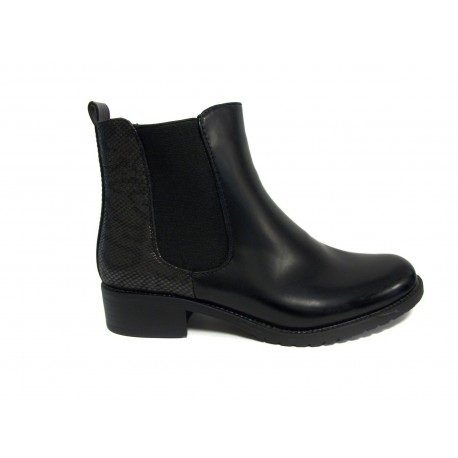 černá kotníková obuv s hadím vzorem