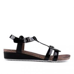 černé páskové sandály na klínu TENDENZ