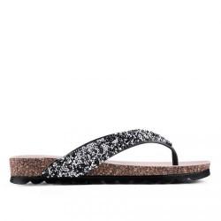 stříbrné flitrované pantofle mezi prst TENDENZ