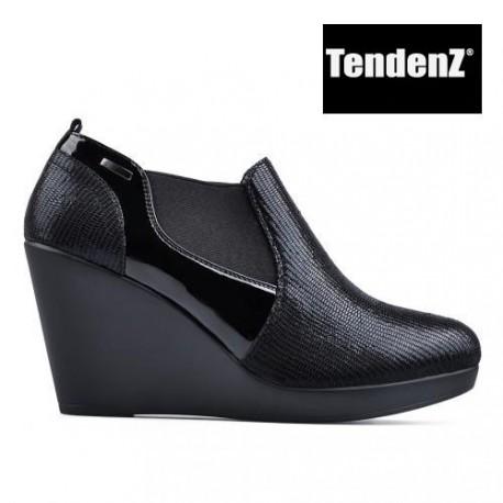 černá kotníková obuv na klínu TENDENZ