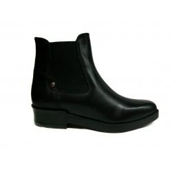 černá kožená kotníkova obuv - tzv. perka