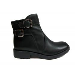 černá kožená kotníková obuv s přeskou