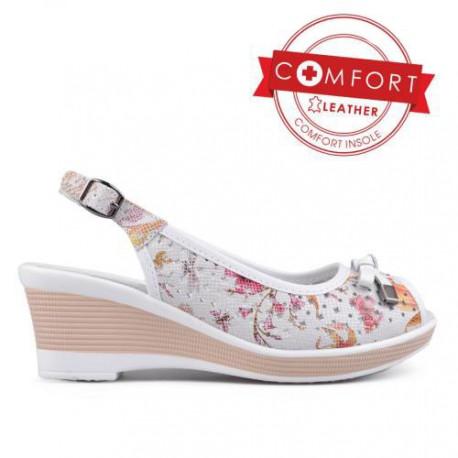 bílé květované kožené letní sandály na klínu TENDENZ