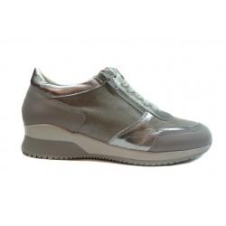 šedo stříbrné kožené italské tenisky ONE WAY
