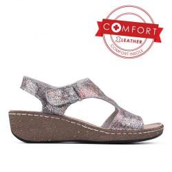 stříbrné kožené sandály na klínu TENDENZ SSS17-026