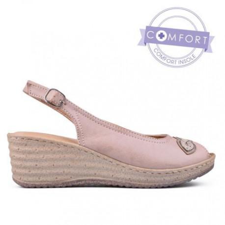 béžové sandály na klínu TENDENZ TAS17-028