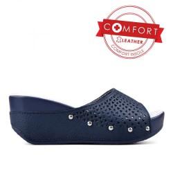 tmavě modré kožené dírkované pantofle TENDENZ SSS17-016