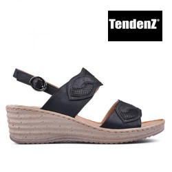 černé páskové sandály na klínu TENDENZ TAS17-033