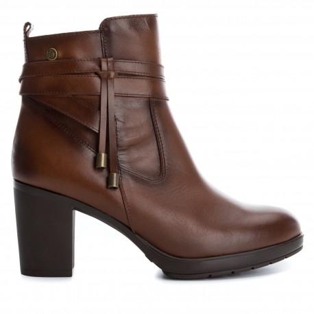 hnědá camel kožená kotníková obuv na podpatku CARMELA 65845