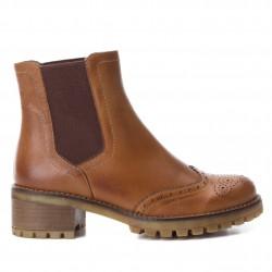 hnědá camel kožená kotníková obuv perka chelsea boots CARMELA 65882