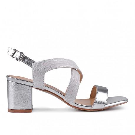 stříbrné sandálky TENDENZ CRS18-015