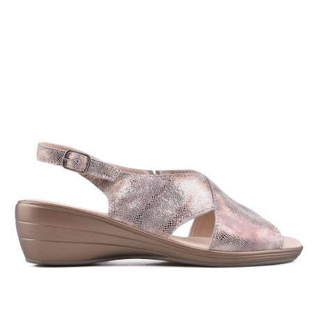 zlaté kožené sandálky na klínu TENDENZ NTS18-080