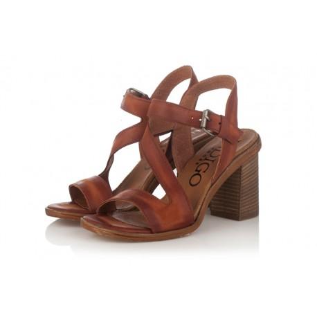 hnědé kožené sandály na širokém podpatku INDIGO Shoes 1594