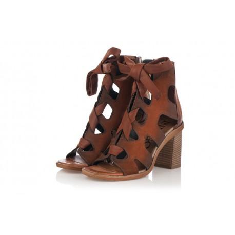 hnědé kožené jarní polokozačky naširokém podpatku INDIGO Shoes 1853