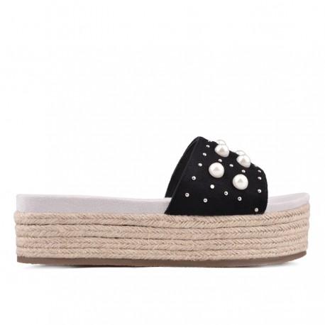 černé pantofle TENDENZ GBS18-028