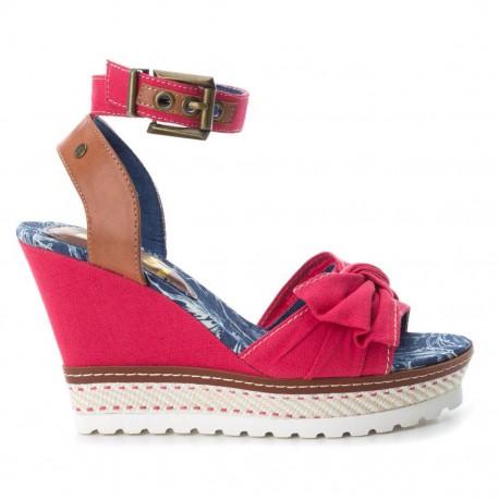 červené sandálky na klínu Refresh 64406
