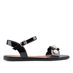 černé lakované sandállky TENDENZ IES18-011