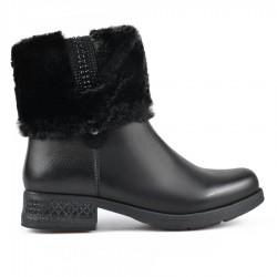 černá kotníková obuv s kožíškem TENDENZ VSW18-069