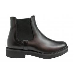 černá kožená italská kotníková obuv s gumami po bocích Oroscuro N03
