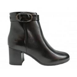 černá kožená italská kotníková obuv na širokém podpatku s ozdobnou sponou Oroscuro 1613254