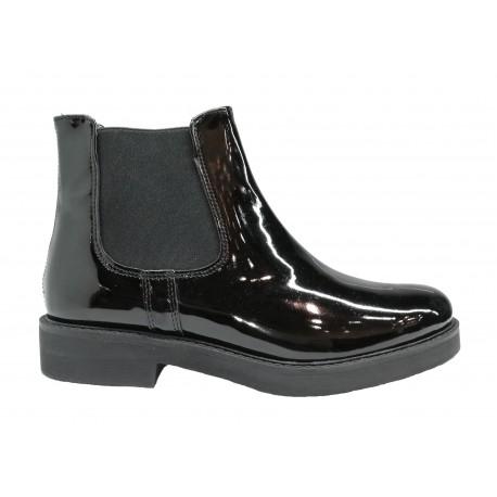 černá kožená lakovaná italská kotníková obuv s gumami po bocích Oroscuro N03