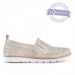 béžová dírkovaná slip-on obuv TENDENZ QMS19-007