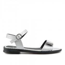 perlově bílé sandálky na klínu TENDENZ TYS19-006