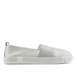 ce3bee5ef perlově bílá kožená slip-on obuv TENDENZ NTS19-057