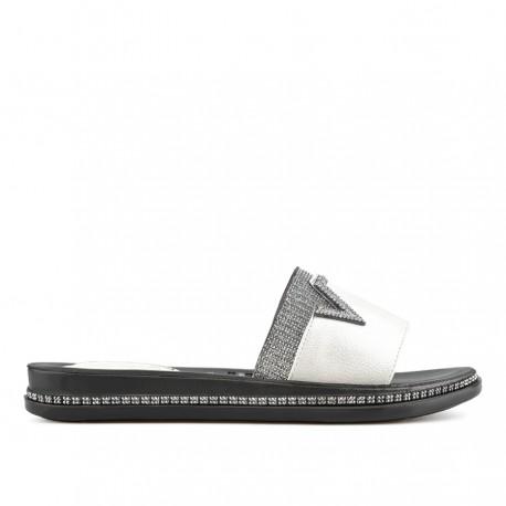 perlově bílé pantofle Tendenz TYS19-037