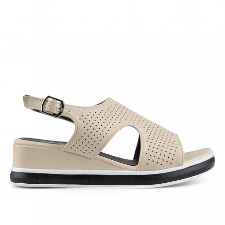 béžové sandálky na klínku TENDENZ TBS19-019