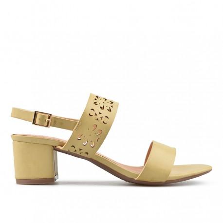 béžové sandálky s vyřezaným vzorem na širokém podpatku TENDENZ CRS19-030