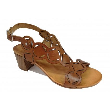 hnědé kožené italské vyřezávané sandálky na podpatku ONCE 72/50