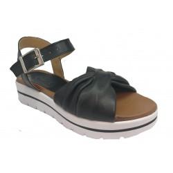 černé kožené italské sandálky na platformě UN PASSO IN PIU 07