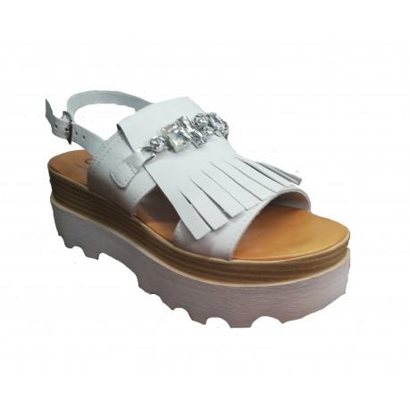 bílé kožené italské sandálky na platformě ONCE 80038