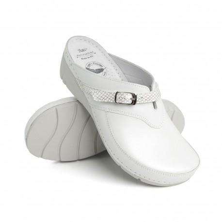 zdravotní bílé kožené pantofle na klínu BATZ Lisa