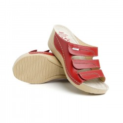zdravotní červené kožené pantofle na klínu BATZ Olga