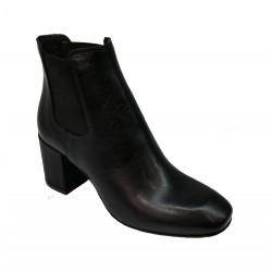 černá kožená kotníková obuv na širokém podpatku Debutto Donna D702