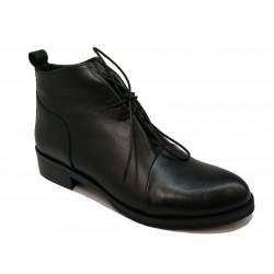 černá kožená šněrovací kotníková obuv Riccianera M-133