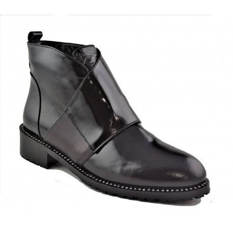 černá kožená lakovaná kotníková obuv Akche 026-499.1