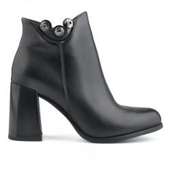 černá elegantní kotníková obuv na širokém podpatku Tendenz MGW19-005
