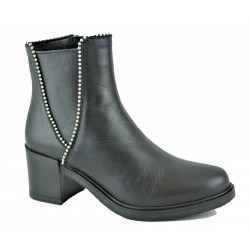 černá kožená kotníková obuv na širokém podpatku Megan 01