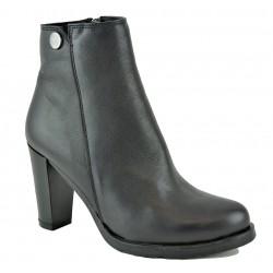 černá kožená elegantní kotníková obuv na podpatku Larisa 37
