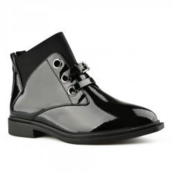 černá lakovaná kotníková obuv Tendenz MGW20-013