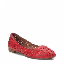 červené kožené baleríny s vyřezávaným vzorem Carmela 067695