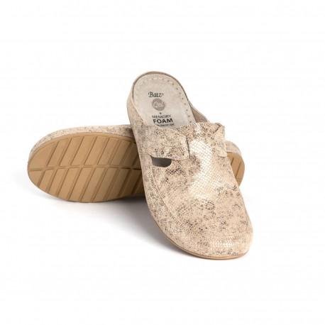 zdravotní béžové kožené pantofle s krokodýlým vzorem BATZ NLK