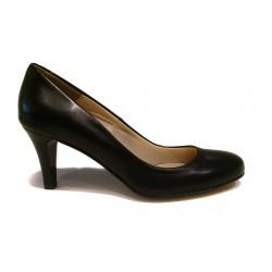 černé kožené hladké lodičky na podpatku